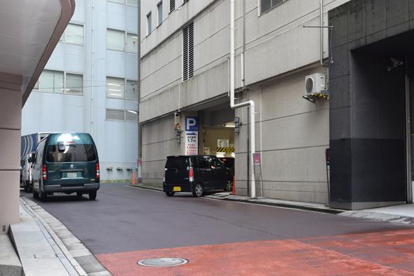 パークワン新宿マルイメン駐車場